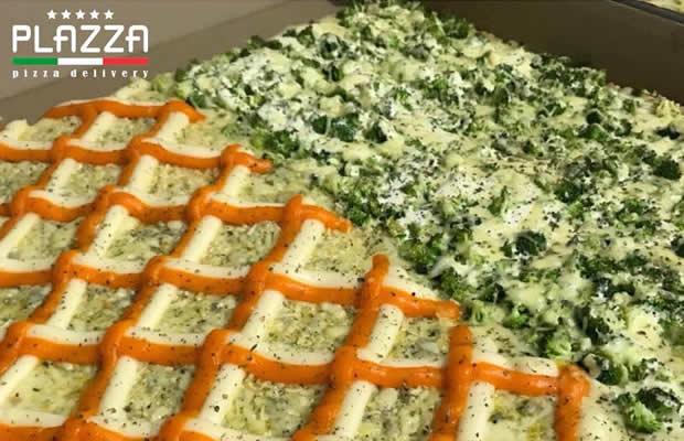 Pizza Quadrada Média (27% A Mais De Rendimento) + Uma Pizza Broto Doce, Na Plazza Pizza Delivery