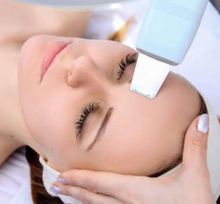 Limpeza De Pele Ultrassônica Com Vapor De Ozônio,  Pelling Ultrassônico E Máscara Detox