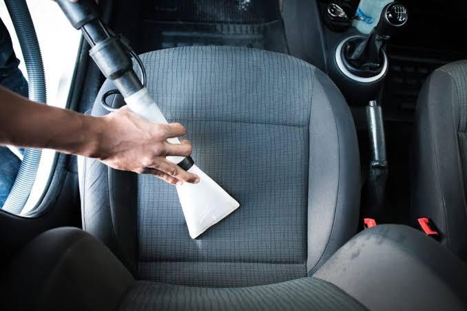 Higienização Automotiva + Lavagem Técnica